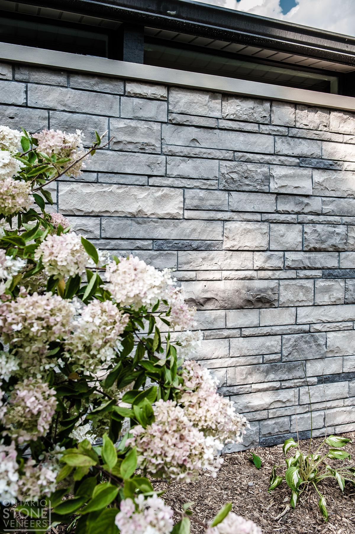 Natural Stone Veneers ǀ Faux Stone Siding ǀ Stone Veneer: High Quality Natural Stone Veneers